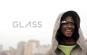 Google ha deciso di fermare per il momento la vendita dei propri occhiali futuristici.