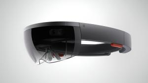 Ecco gli HoloLens, gli occhiali olografici di Microsoft presentati a Redmond insieme alle ultime novità di Windows 10.